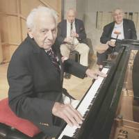 Ninety-year-old musicians go strong