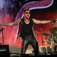 Under pressure: Vocalist Adam Lambert impresses the Fuji Rock crowd as he takes over singing duties for legendary rock band Queen. | © SUMMER SONIC, ALL RIGHTS RESERVED