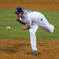 Kershaw fans nine in complete-game victory