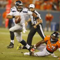 Denver tops Seattle in sloppy affair