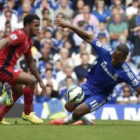 Costa leads Chelsea as Drogba returns to Stamford Bridge