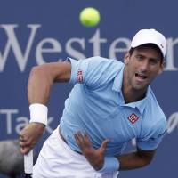 Djokovic's struggles continue with loss to Robredo