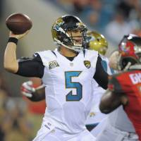 Bortles leads Jags past Bucs