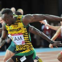 Bolt races back into spotlight