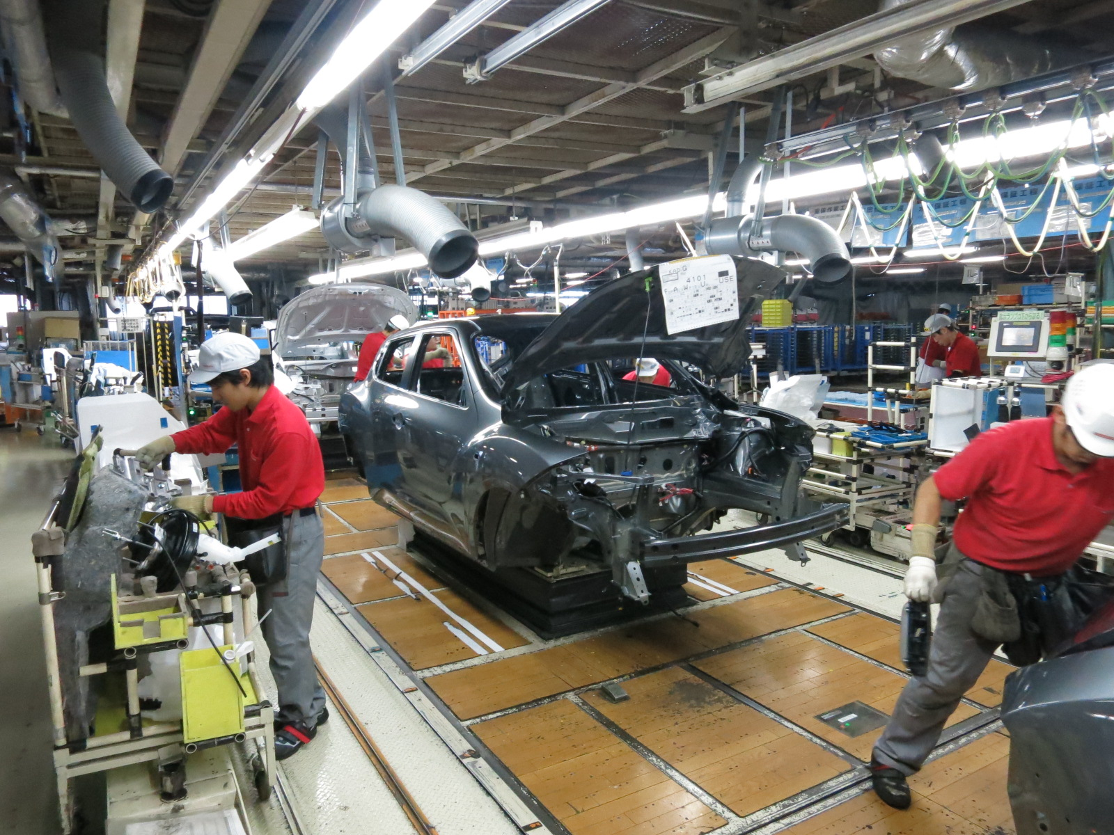 Nissan Building Know How At 39 Global Mother Plant 39 The