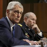 Dempsey: If U.S. air campaign fails against Islamic State, ground troops are possible