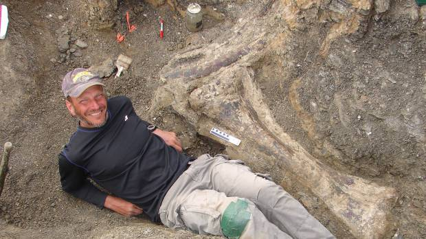 Supermassive Dreadnoughtus among largest dinosaurs ever found