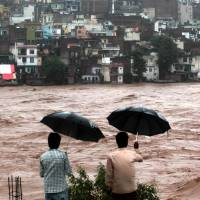 State's flood response angers Kashmiris