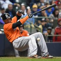 Stanton hospitalized after being hit in face with pitch