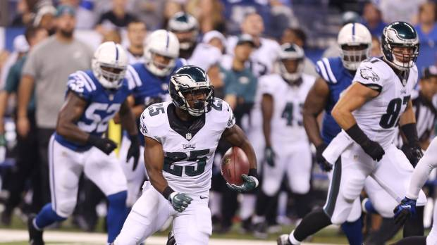 Eagles beat Colts on last play
