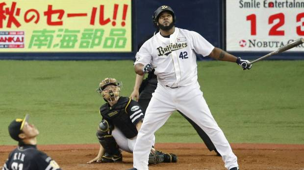 Kaneko overcomes hiccup as Buffaloes crush Hawks