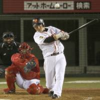 Productive outing: Giants star Hisayoshi Chono goes 3-for-4 against the Carp on Tuesday in Nagano. Yomiuri defeated Hiroshima 9-4. | KYODO