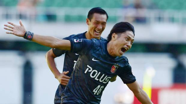 Reds thrash S-Pulse to strengthen lead atop table