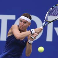 Safarova advances at Pan Pacific Open