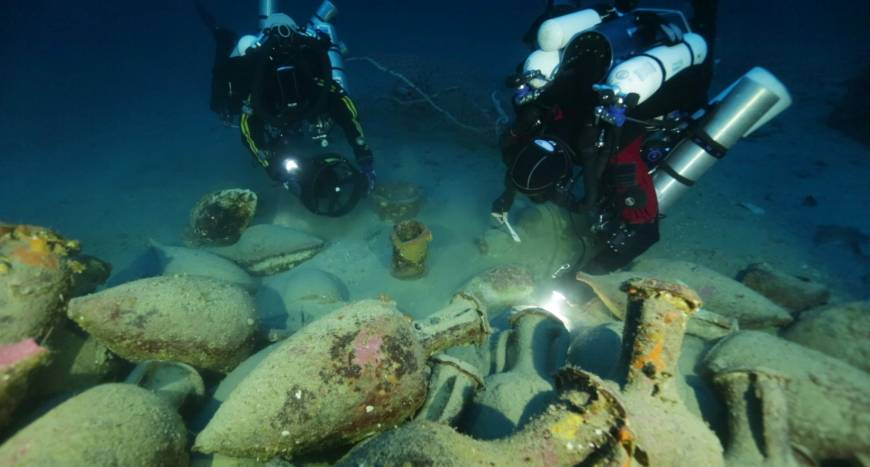 Ancient Roman Shipwreck Discovered In Deep Waters Off