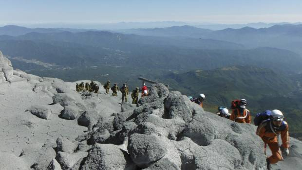 As Mount Ontake erupted, luck and instinct determined hikers' fates