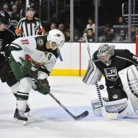 Quick stands tall for Kings in win