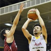 Brex outplay defending champion Brave Thunders in NBL opener