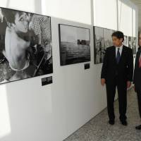 Japan helps too few refugees: UNHCR chief
