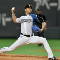 Red Sox manager Farrell eager to see Otani during MLB trip to Japan