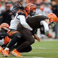 Bengals rout Browns to spoil Manziel's first NFL start