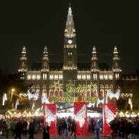 Christmas markets transform Vienna into a winter wonderland