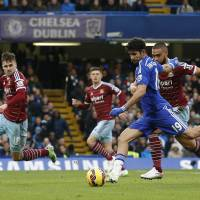 Costa, Terry lift Chelsea to victory