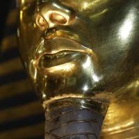 King Tut mask can be fixed: expert