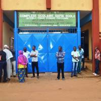 Guinea schools reopen but Ebola fears still keep many home