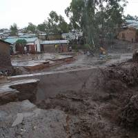 Malawi deploys military as floods leave 100,000 homeless