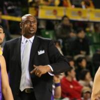 Fukuoka triumphs in first game under new coach Joe Bryant