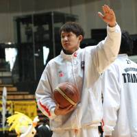 Salvage plan keeps Wakayama playing in NBL
