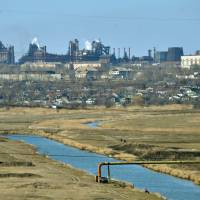 Cease-fire takes hold in Ukraine; U.S. angry at Russia's 'lies'