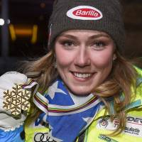 Shiffrin storms to second straight world slalom title