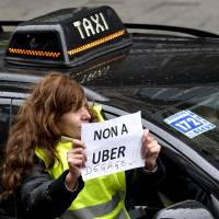 Uber drivers assaulted by bogus fares in Belgium: police
