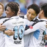 Frontale dominate opener against F. Marinos