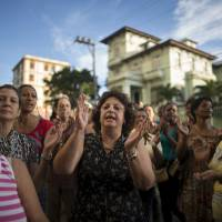 Dissident pair lose bids to become first Cuban opponents elected to office