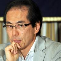 Critic Koga assails 'lynching' LDP, urges media to stand up for truth