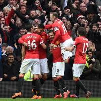 United thrashes City to regain bragging rights