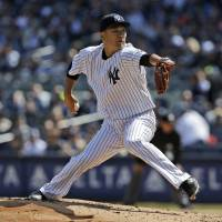 Tanaka gets shelled by Blue Jays on Opening Day