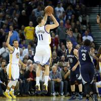 Warriors rack up 66th victory