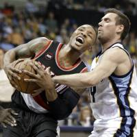 Grizzlies put Trail Blazers away, advance to Western semis