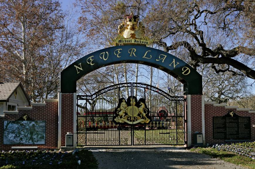 Neverland, former home of Michael Jackson, on sale for $100 ...