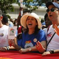 Castro's daughter sponsors blessing ceremony for Cuban gay couples