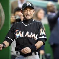 Ichiro stays ready as he learns National League game