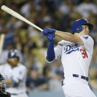 Dodgers rally past D-Backs