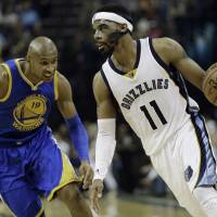 Randolph, Gasol guide Grizzlies past Warriors in Game 3