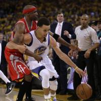 Warriors rally to take Game 1