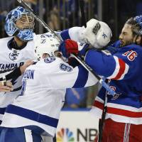 Rangers turn tables on Lightning in Game 1 of East finals