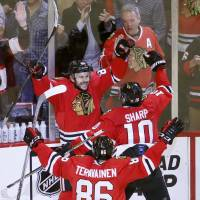 Blackhawks beat Ducks on double-OT winner